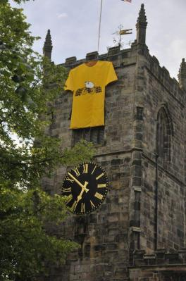 RW July 05 Skipton tower yellow jersey